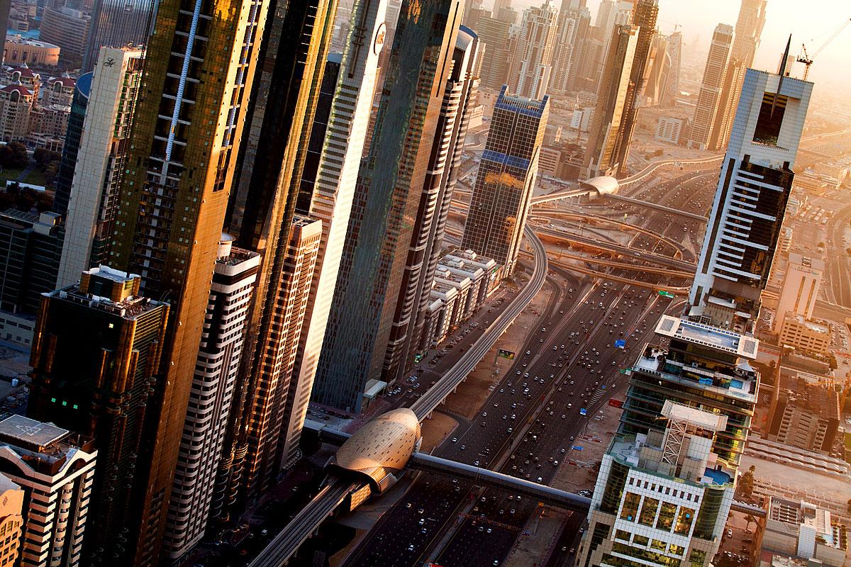 Innerstädtische Schnellstraße in Dubai