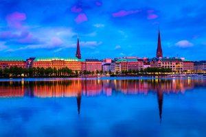 Hamburg Stadtpanorma mit Blick über die Alster