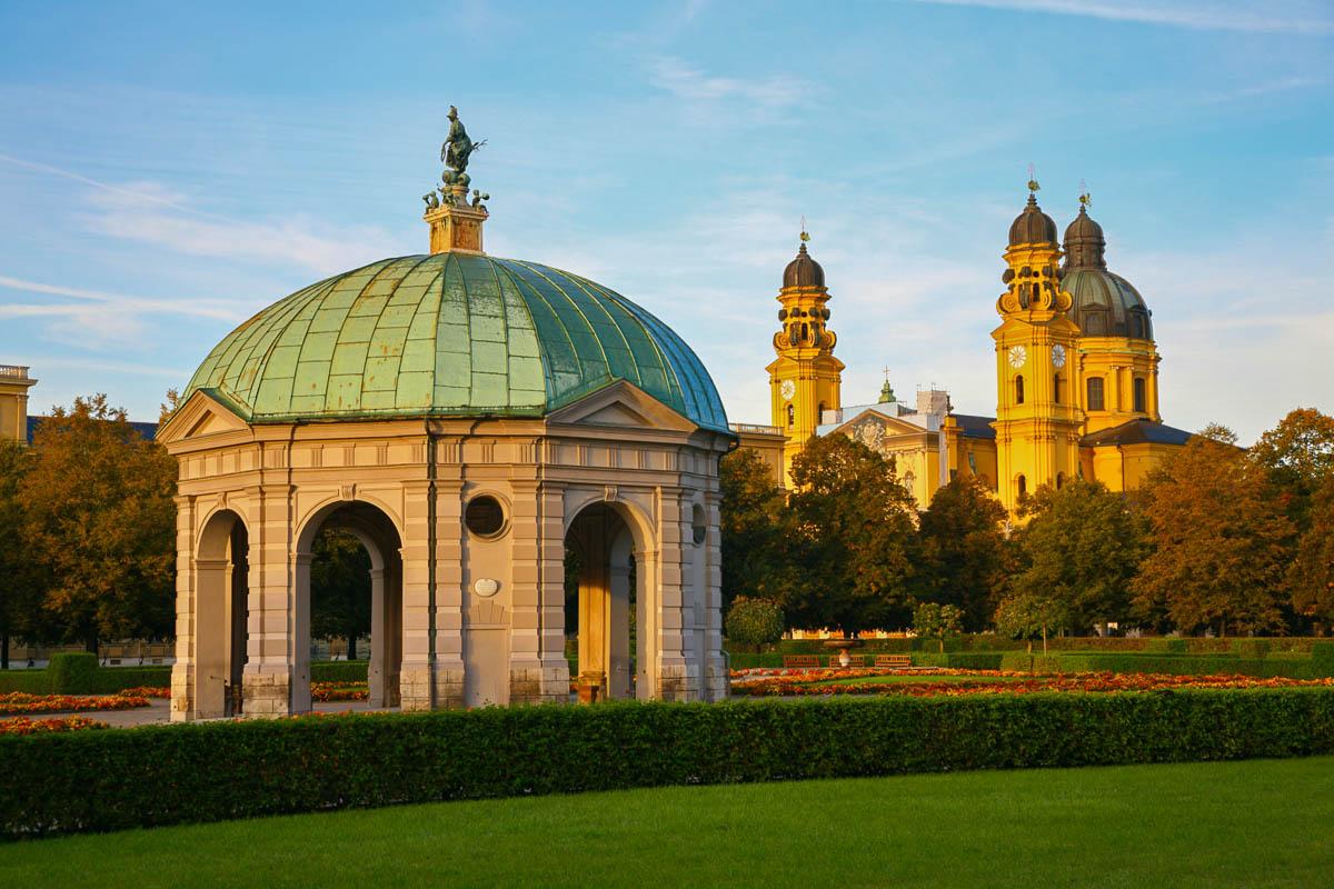 Dianatempel im Hofgarten in München