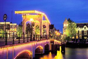 Magere Brücke (Magere Brug) in Amsterdam