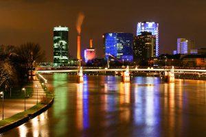 Nachtaufnahme: Frankfurt am Main