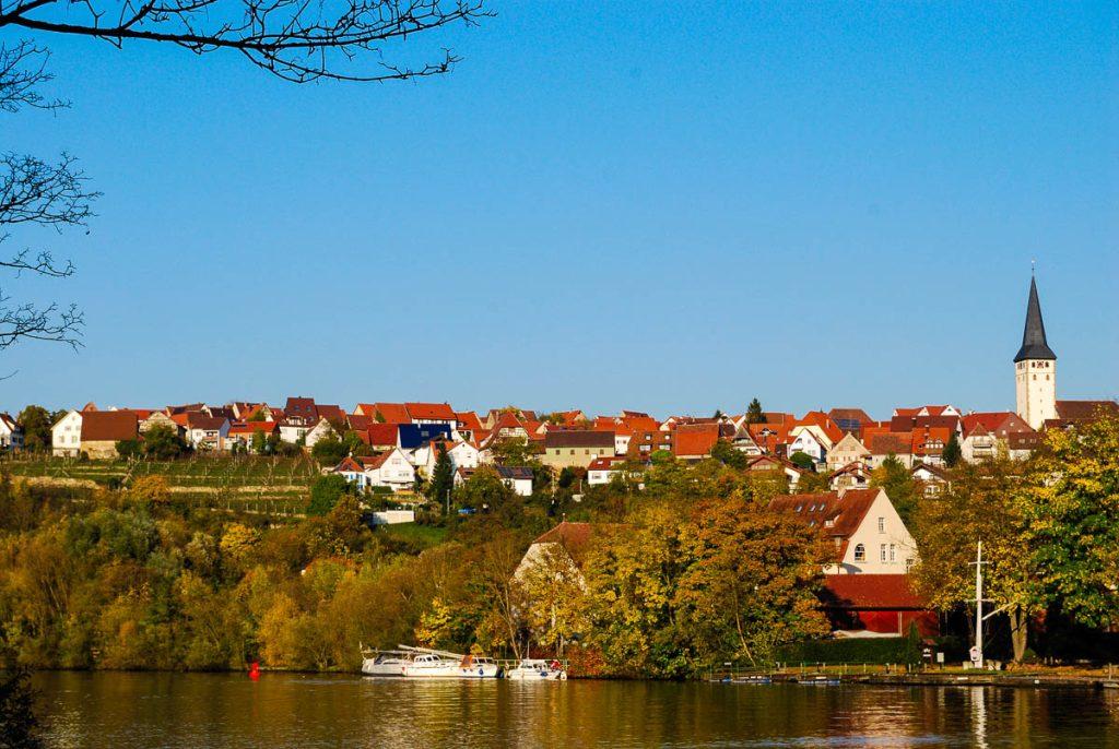 Stuttgart-Poppenweiler und der Neckar