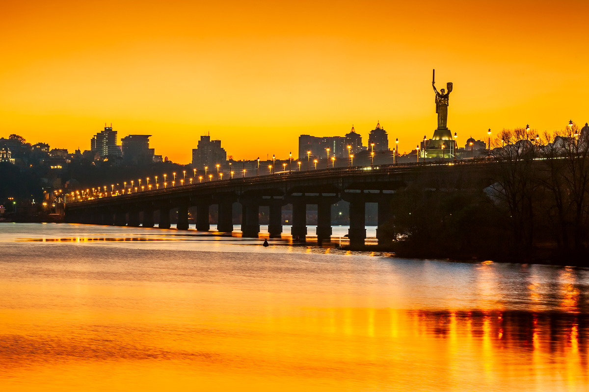 Sonnenuntergang über Kiew