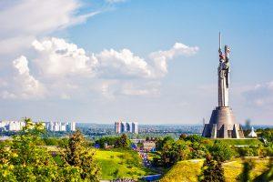 Die Mutter-Heimat-Statue in Kiew