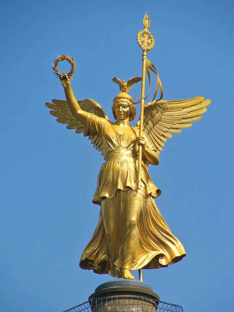 Goldelse (Siegesgöttin Viktoria) auf der Siegessäule, Berlin