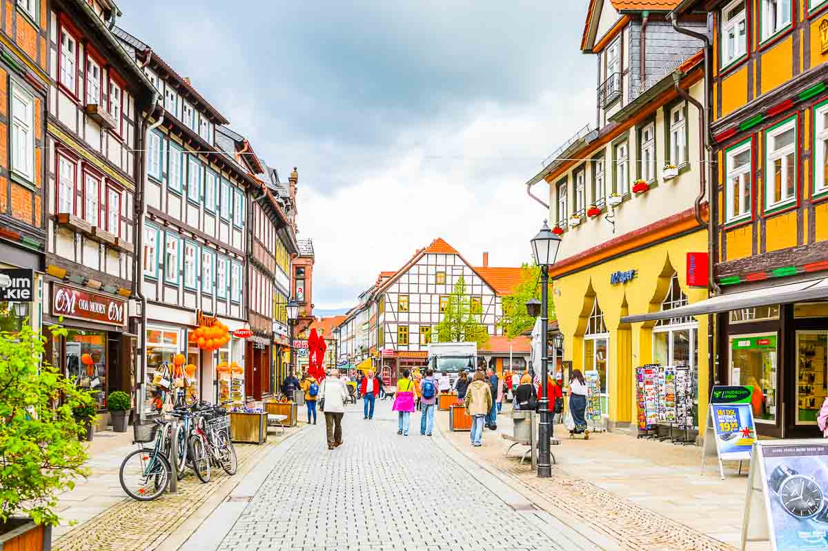 Innenstadt von Wernigerode mit den typischen Fachwerkhäusern