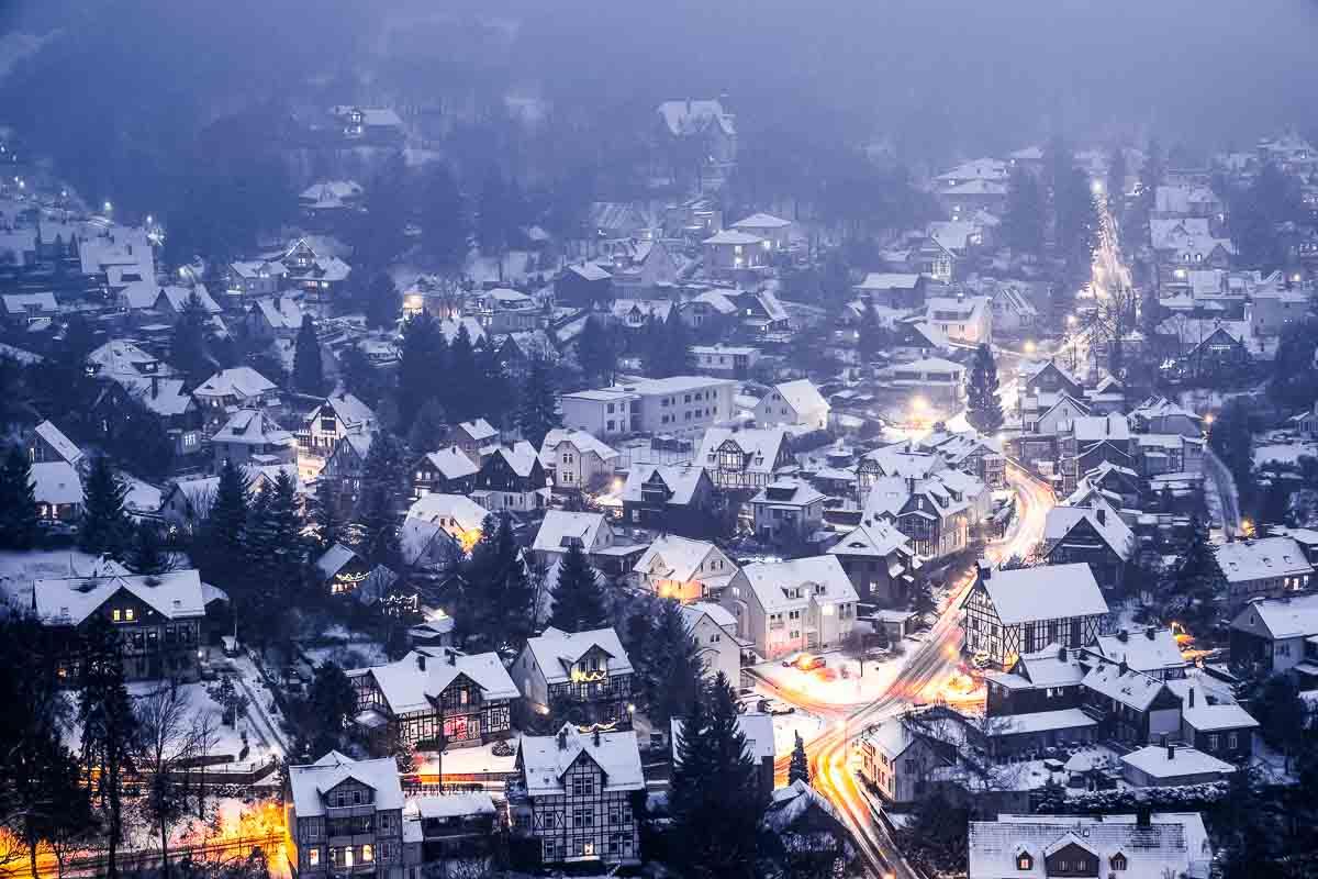 Blick über das winterliche Wernigerode