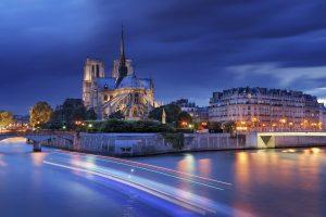 "Nachaufnahme der Insel ""Ile de la Cite"" mit der Notre Dame"